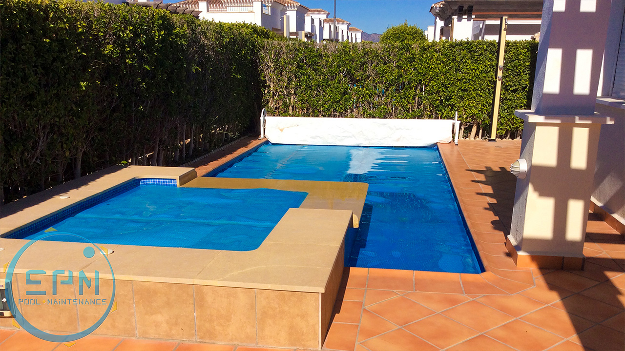 pools maintenance with an extension and a cover